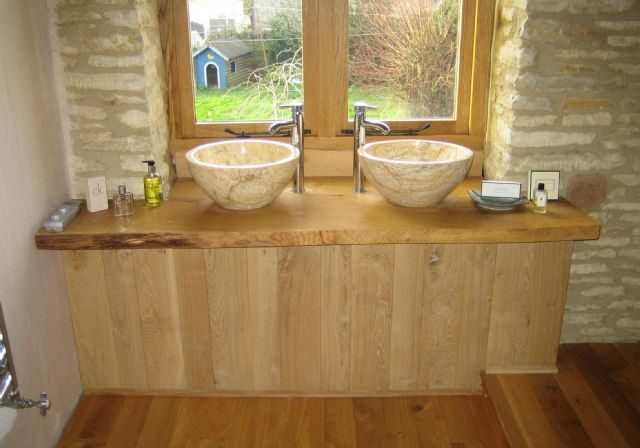 Barn Conversion Bathroom PCA 622